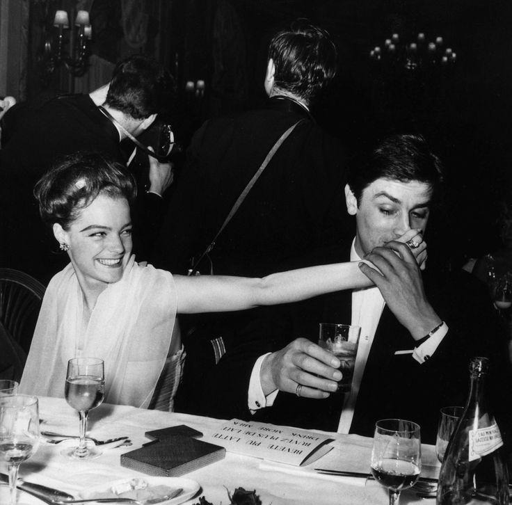 Romy Schneider et Alain Delon at Cannes in 1962.