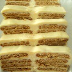 Se muele finamente la galleta hasta que quede un polvito muy fino, se derrite la margarina y se va a incorporar poco a poco a la galleta hasta formar una pasta como...
