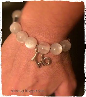 Handmade charm bracelet #handmadebracelet #handmadecharm #charmbracelet #almanogr