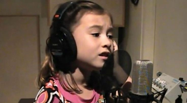 Country Music Lyrics - Quotes - Songs Elvis presley - 7-Year Old Sings Stunning Cover of Elvis Presley's 'Blue Christmas' - Youtube Music Videos http://countryrebel.com/blogs/videos/79513219-7-year-old-sings-stunning-cover-of-elvis-presley-s-blue-christmas