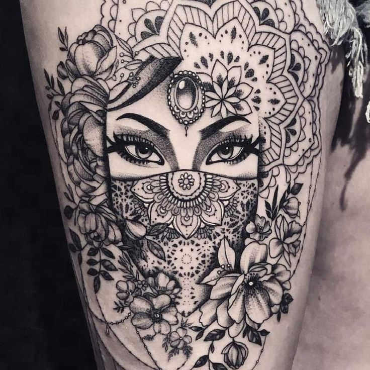best 25 mandala thigh tattoo ideas on pinterest mandala tattoo shoulder henna thigh tattoo. Black Bedroom Furniture Sets. Home Design Ideas