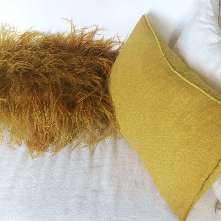 White and yellow #maisondevacances #lavilladeco #home #interiors #deco #decoration