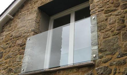 Manufacture Glass Balustrades. UK Glass Balustrades Online