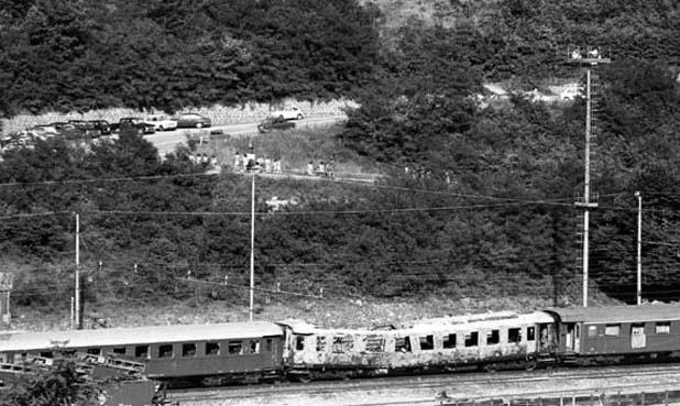 Strage dell'Italicus fu un attentato terroristico compiuto nella notte del 4 agosto 1974 a San Benedetto Val di Sambro, in provincia di Bologna.