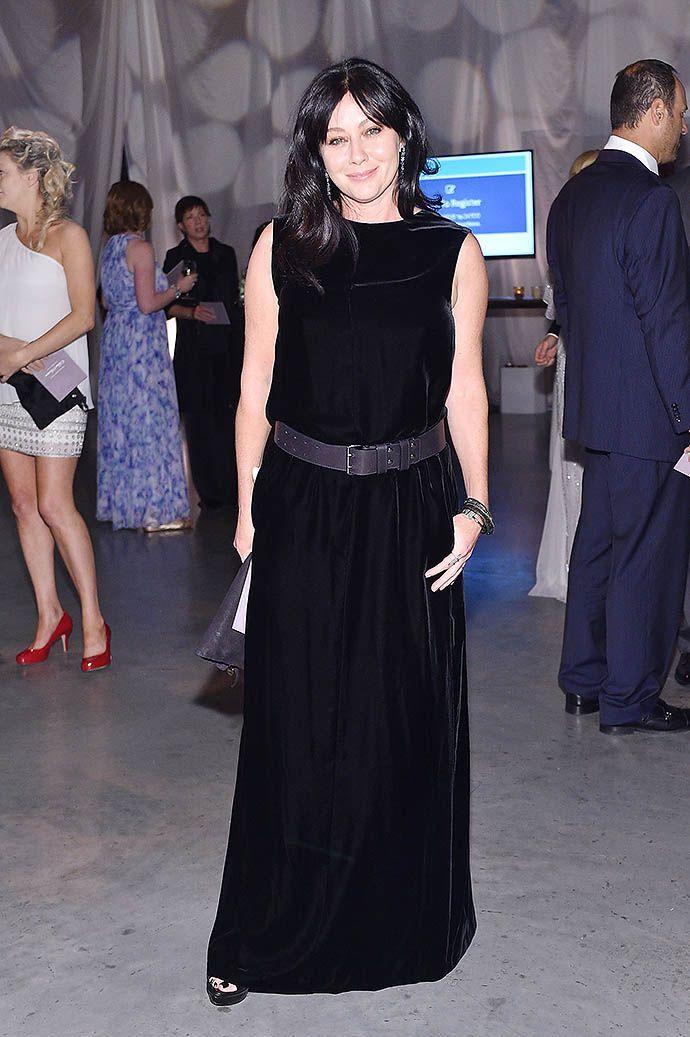 Шеннен Доэрти впервые вышла в свет, после того, как у нее диагностировали рак - http://russiatoday.eu/shennen-doerti-vpervye-vyshla-v-svet-posle-togo-kak-u-nee-diagnostirovali-rak/ Актриса посетила благотворительное мероприятие Baby2Baby GalaПоследние несколько месяцев звезда сериала «Беверли-Хиллз, 90210» редко п�