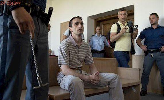 'Kajínkova éra skončila a moje začala.' Soud potvrdil doživotí za vraždy taxikářů