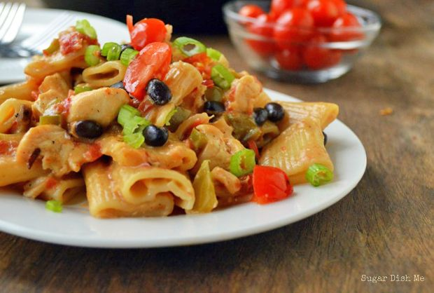 Southwest-Chicken-Pasta Recipe - RecipeChart.com #MainDish
