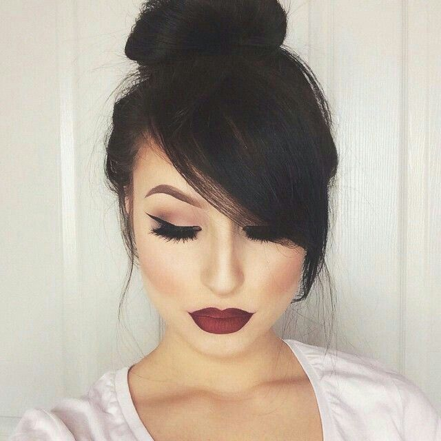 Amazing side swept bangs her make up is on point too