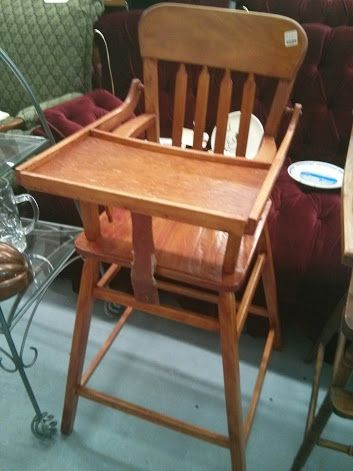Good morning!! Here's another antique high chair, another lovely vintage piece.