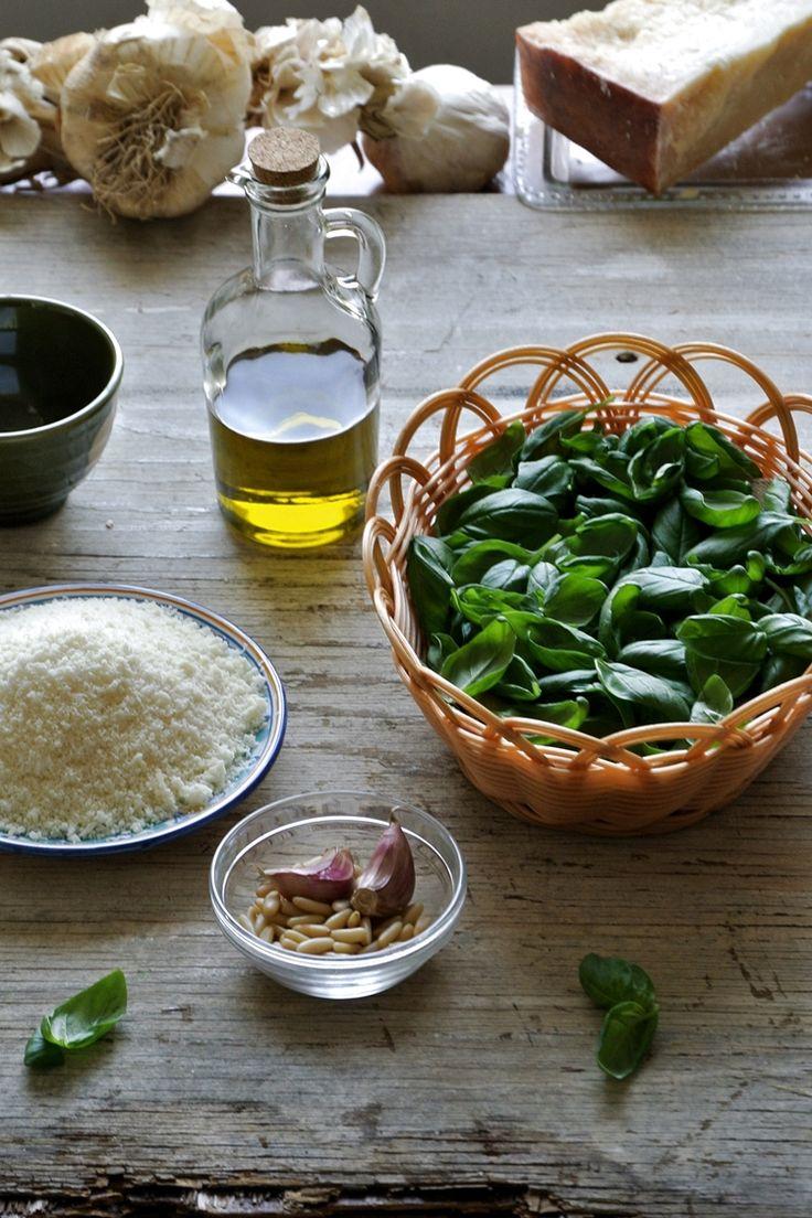 Pesto genovese Ricetta   @vicaincucina