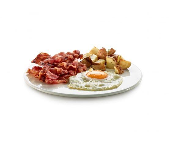 Lekue - naczynie do pieczenia boczku. Naczynie do pieczenia boczku marki Lekue pozwala na uzyskanie chrupiącego boczku w zaledwie 3-4 minuty. Boczek będzie chrupiący, ale nie za suchy. Można go dodawać do jajek, sałatki lub podawać w formie chipsów. Jajko i boczek na obiad.