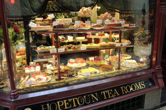 The Best Places for High Tea in Melbourne http://thingstodo.viator.com/melbourne/the-best-places-for-high-tea-in-melbourne/