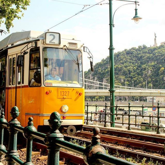 #instaphoto #mik #vsco #photography #travel #traveltheworld #travelphotography #travelingram #view #worldtravelparadise  #budapestagram #budapest #hungary #sightseeing #architecturephotography #architecturelovers #vintage #tram