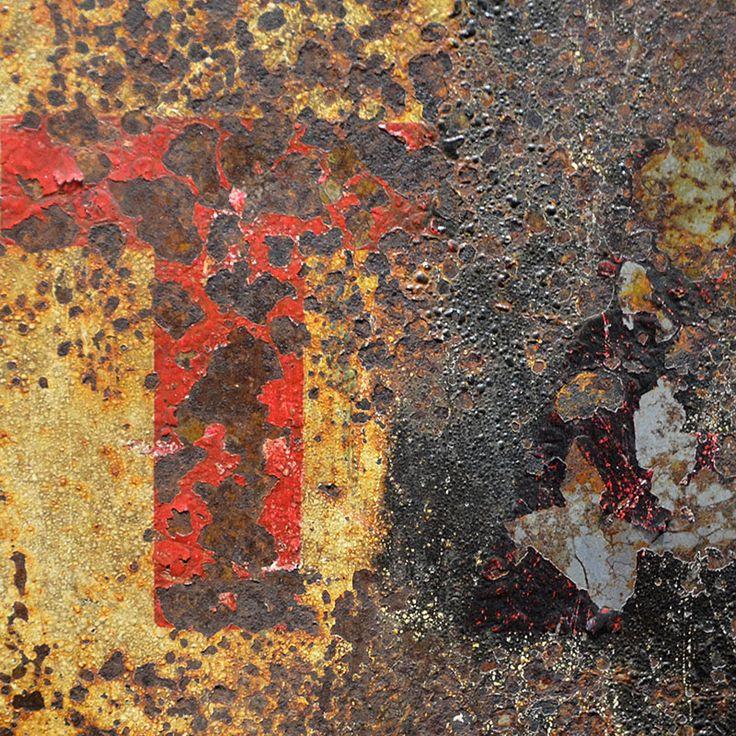 Rust and Patina Photos : 018.photo detail iron drum