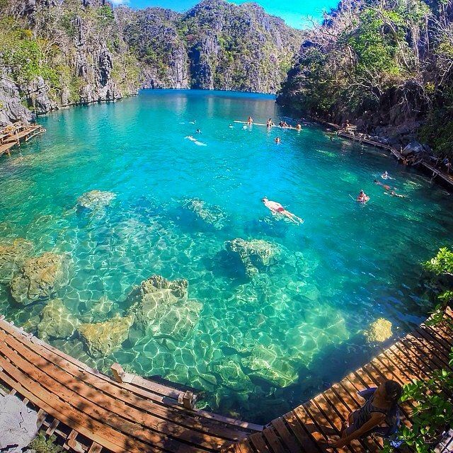 Kayangan Lake Philippines. Dubbed as one of the cleanest lakes in Asia | Photo by @jaypeeswing by earthpix