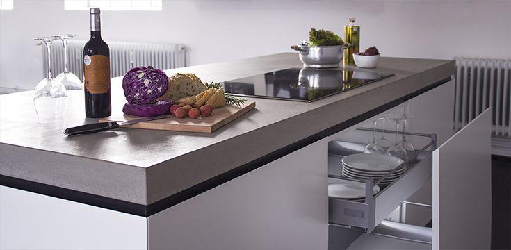 Pranzo Betonküchenblock freistehende Kücheninsel in unserem Bielefelder Concept Store