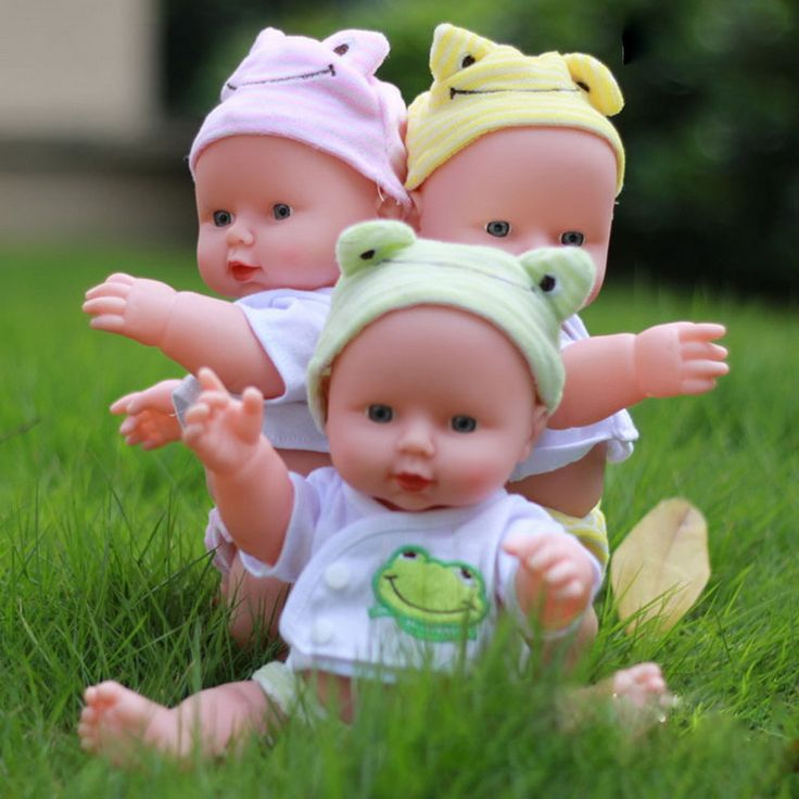 Reborn baby doll realistas de silicona de vinilo suave bebé recién nacido llamar a mamá y papá para la muchacha regalo de navidad de cumpleaños de color al azar