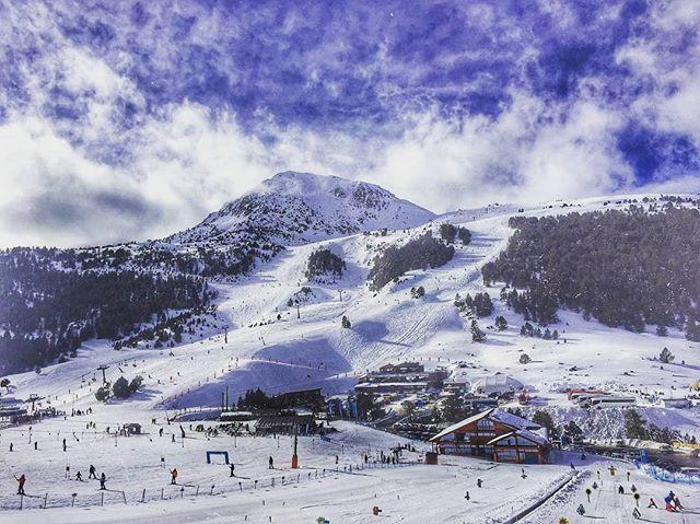 Ayer Disfrutamos De Un Día Brutal En Grandvalira Andorra Con Head Ski Decathlones Wedze Official Y Bmwespana X2 Andorra Esquí