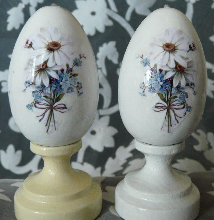 SALE 50% - easter eggs - decoupage - pysanky set of 2 eggs. $8.00, via Etsy. #easter #ideas