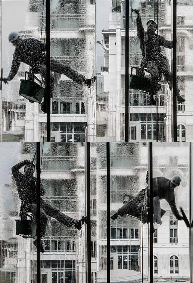 single photo/16 #people #budapest #architecture #worker #mupabudapest #everydaylife