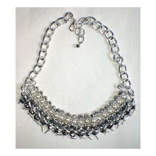 Collana luminosa con perle