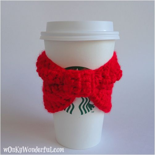 Red Bow Crochet Cup Cozy ~ free pattern for your takeaway coffee.