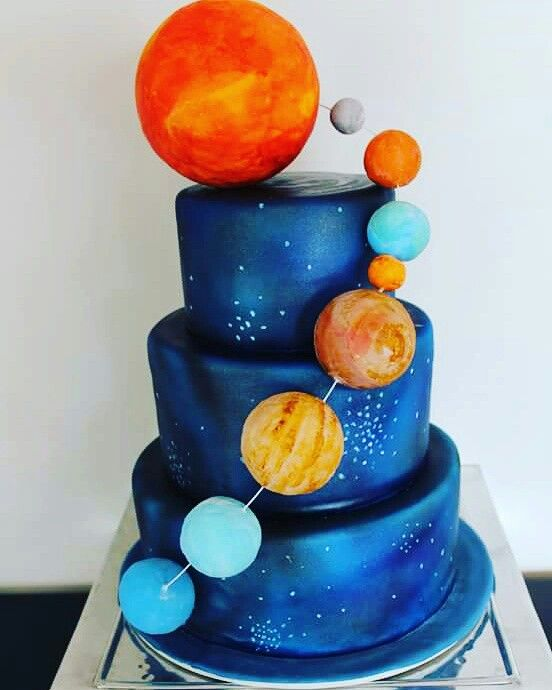 Space cake outer space cake space scientist cake nasa for Outer space cake design