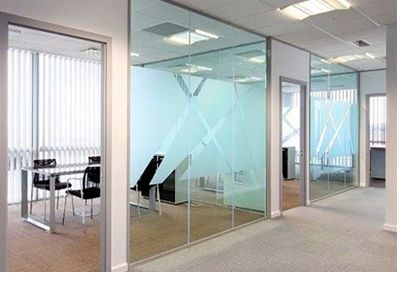 glass solid office partitions espace de travail