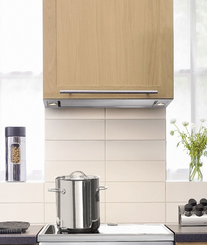 Asko 86cm stainless steel concealed rangehood (model CC4840) for sale at L & M Gold Star (2584 Gold Coast Highway, Mermaid Beach, QLD). Don't see the Asko product that you want on this board? No worries, we can order it in for you!