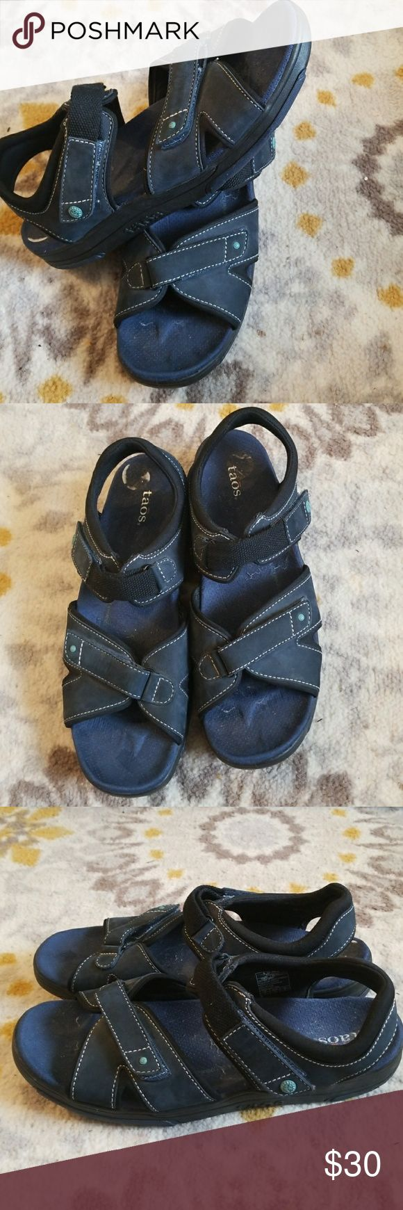 Taos Sandals Taos blue sandals in great used condition.  Comfortable shoe with arch support. Great for hiking or for everyday wear. Adjustable velcro closures. Size 11. Taos Footwear Shoes Sandals