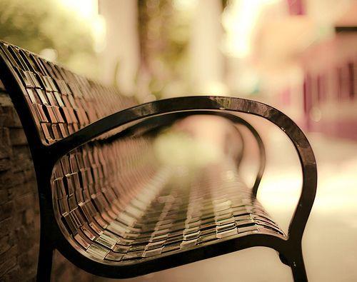 I love photos of benches.