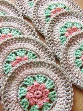 HaakKamer7: pattern for coasters* ༺✿ƬⱤღ https://www.pinterest.com/teretegui/✿༻
