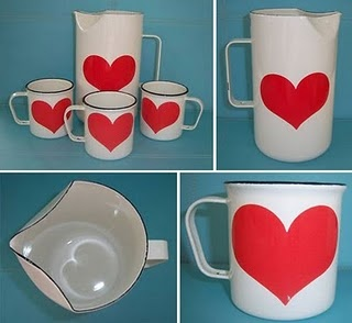 Mid Century Modern Arabia FINEL white with heart pitcher and mugs. Scarce