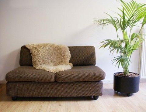 25 beste idee n over klein bankje op pinterest bankjes pallet slaapkamermeubilair en - Interieur binnenkomst ...