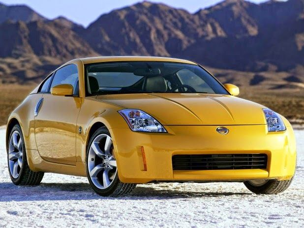 The Nissan 350Z (Z33) Two Sports Cars Is the People Choice