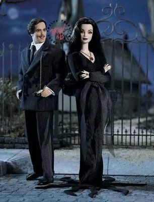 Addams Family Barbie Dolls | barbie como ADDAMS FAMILY, LOS LOCOS ADDAMS
