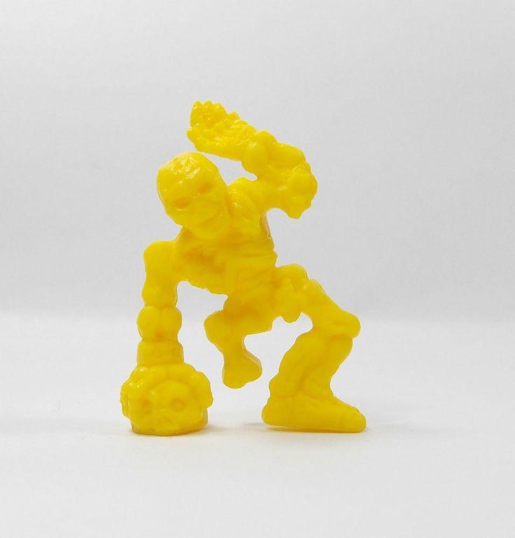 Monster In My Pocket - Series 1 - 47 Skeleton - Yellow - Mini Figure