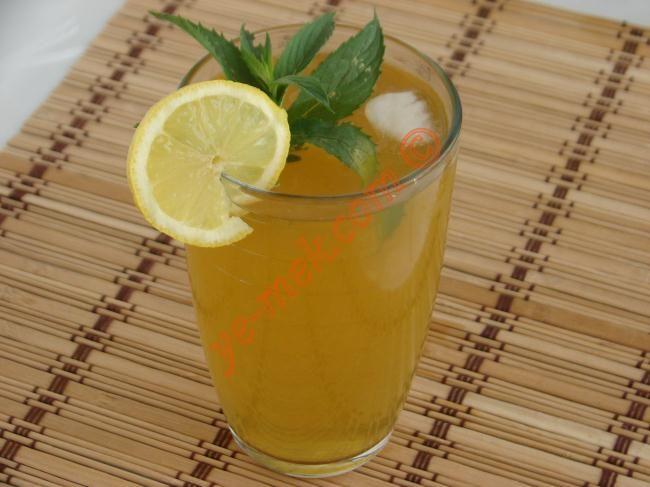 Limonlu Ice Tea (Yeşil Çaylı) Resimli Tarifi - Yemek Tarifleri