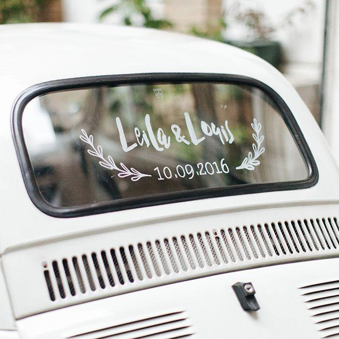 Logo des mariés à décalquer sur la lunette arrière de la voiture des mariés