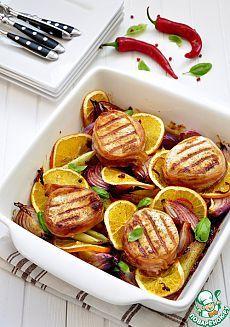 Медальоны из свинины с красным луком и апельсином - кулинарный рецепт