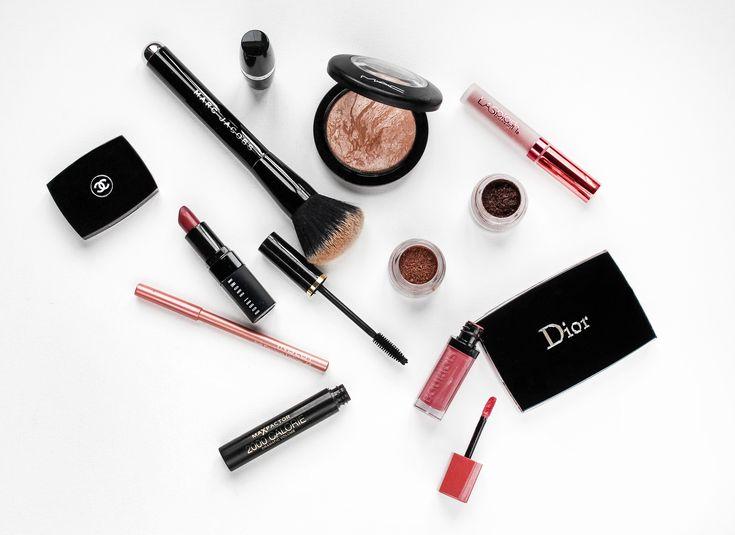 #cosmetics #lipstick #chanel #dior #mascara #avon #inglot #eyeshadow #maybelline #mac #flatlay