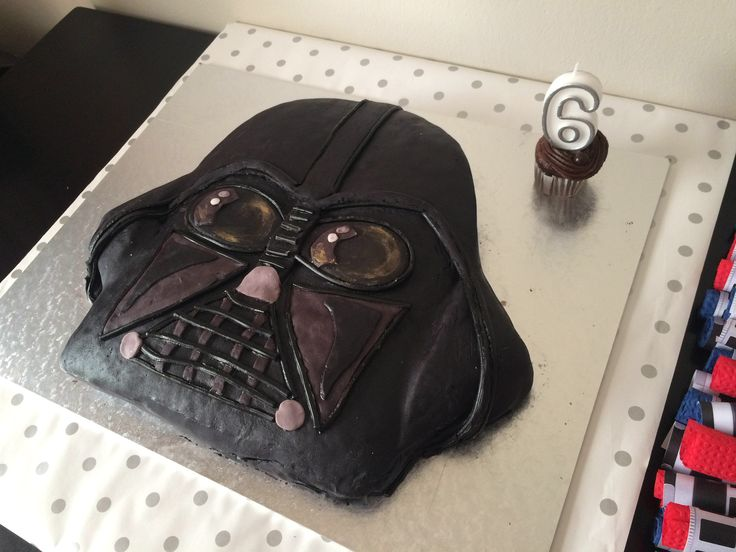 Darth Vader cake for Jacks 6th Star Wars Party