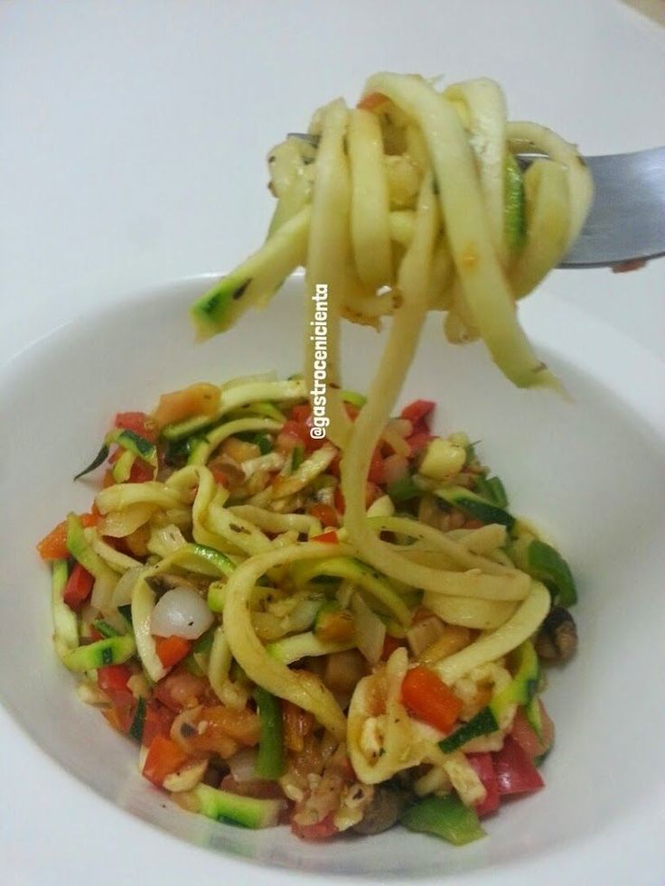 Salteado de Tallarines de Calabacín con Verduritas | Gastrocenicienta