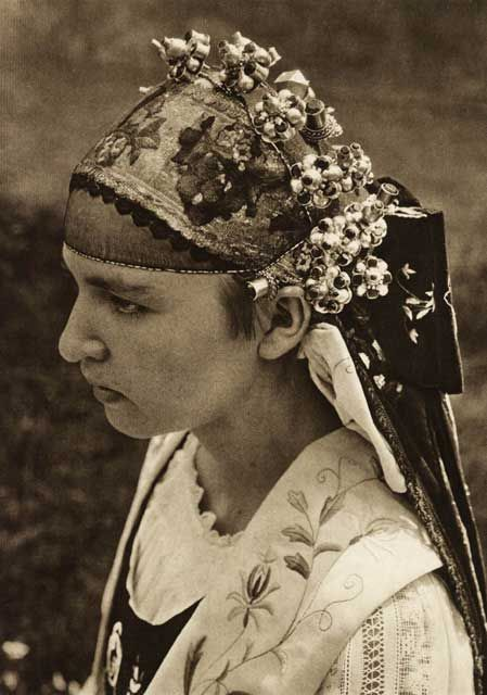 Harman,-sasoaica-tanara-in-.jpg (449×640)