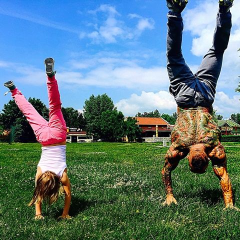 Cvičenie s dcérou http://www.fashionlook.sk/magazin/Martin-Sitar/