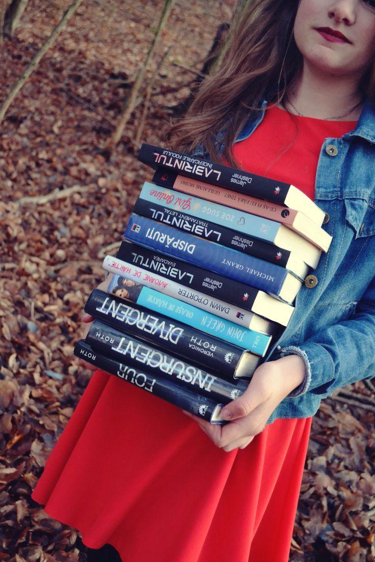 #books #red #divergent #insurgent #four #labirintul #orasedehartie #avioanedehartie #disparuti #ceasfieufaratine #girlonline #winter #blue #niceday