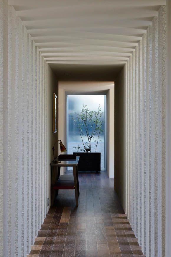 コンクリート・RC造の家 立体的な庭を内包する家 アーキッシュギャラリー