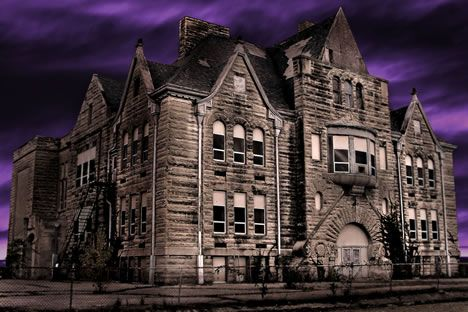 This old abandoned school in Bedford, Indiana, looks eerie. However it has an even creepier name, Stalker School.