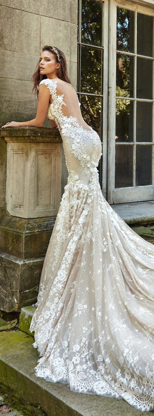 Galia Lahav 2017 Wedding Dresses / http://www.himisspuff.com/galia-lahav-fall-2017-wedding-dresses/2/