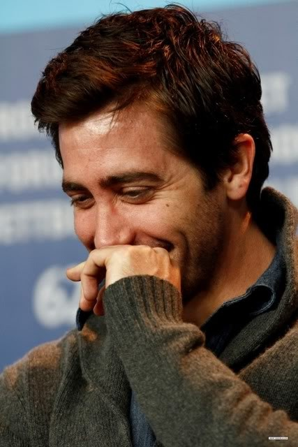Jake Gyllenhaal stop being so cute